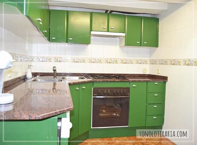 Mi cocina antes y despu s argh yonolotiraria for Pintar muebles de formica
