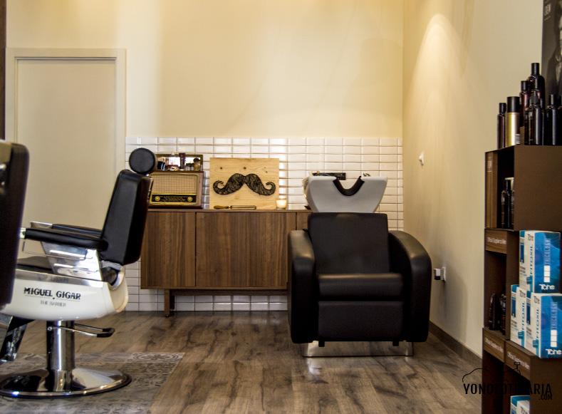 moustachebarber2